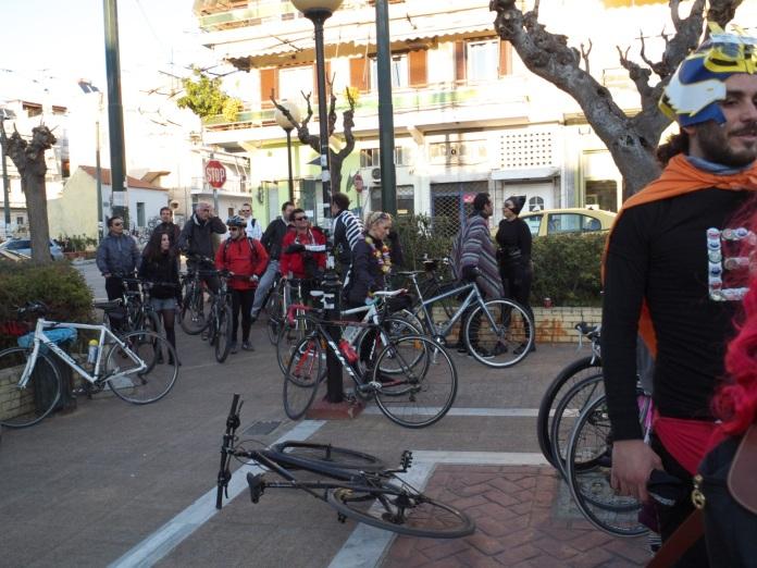 και άλλα ποδήλατα (μαζικοί τερματισμοί και ο beerman πετσοκομμένος)